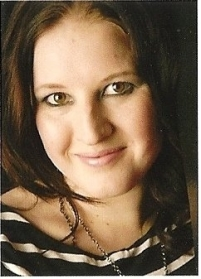 Jenny-Blackhurst-Author-Photo
